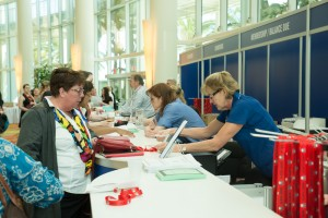 Attendees register on-site during the 2015 Annual Scientific Meeting.